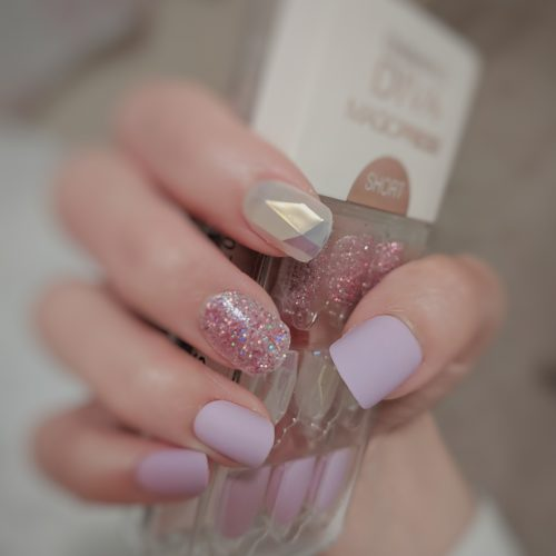 Dashing Diva Magic Press Nails (Mani)  - MDR444SS Creamy Purple Gem (Short/ Matte) photo review