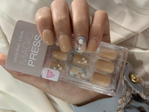 Dashing Diva Magic Press Nails (Mani)  - MDR500 Dreamlike (Medium) photo review