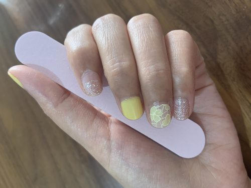 Dashing Diva Gloss Nail Gel Nail Strips (Mani) -GVP198 Yellow Lace  (100% Real Gel) photo review