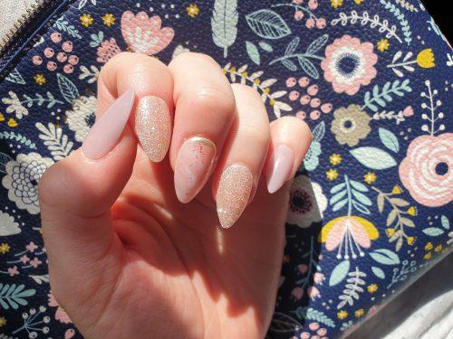Dashing Diva Magic Press Nails (Mani) - MDR813ST My Heroine (Stiletto) photo review