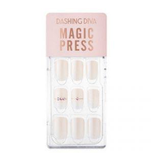 Dashing Diva Magic Press Nails (Mani) – MWK092 Bridal Veil